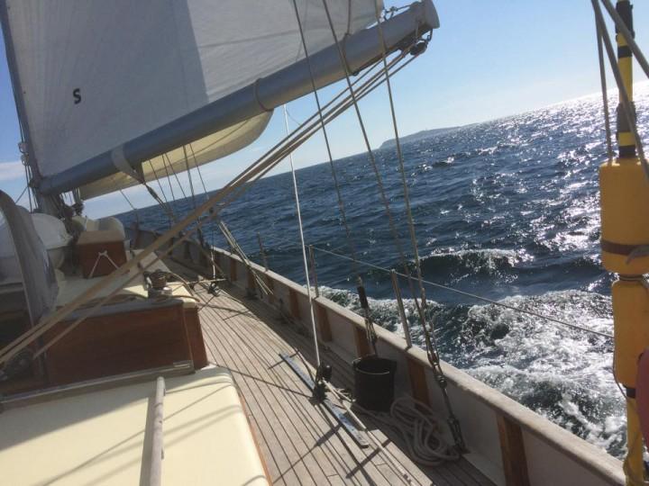 Hjelm om styrbord